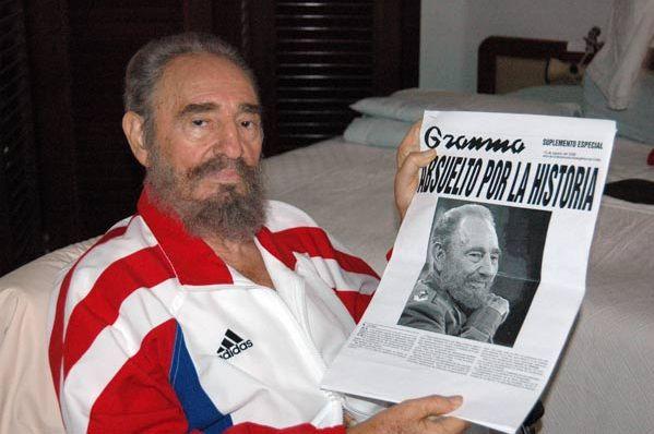 Fidel Castro, con Granma